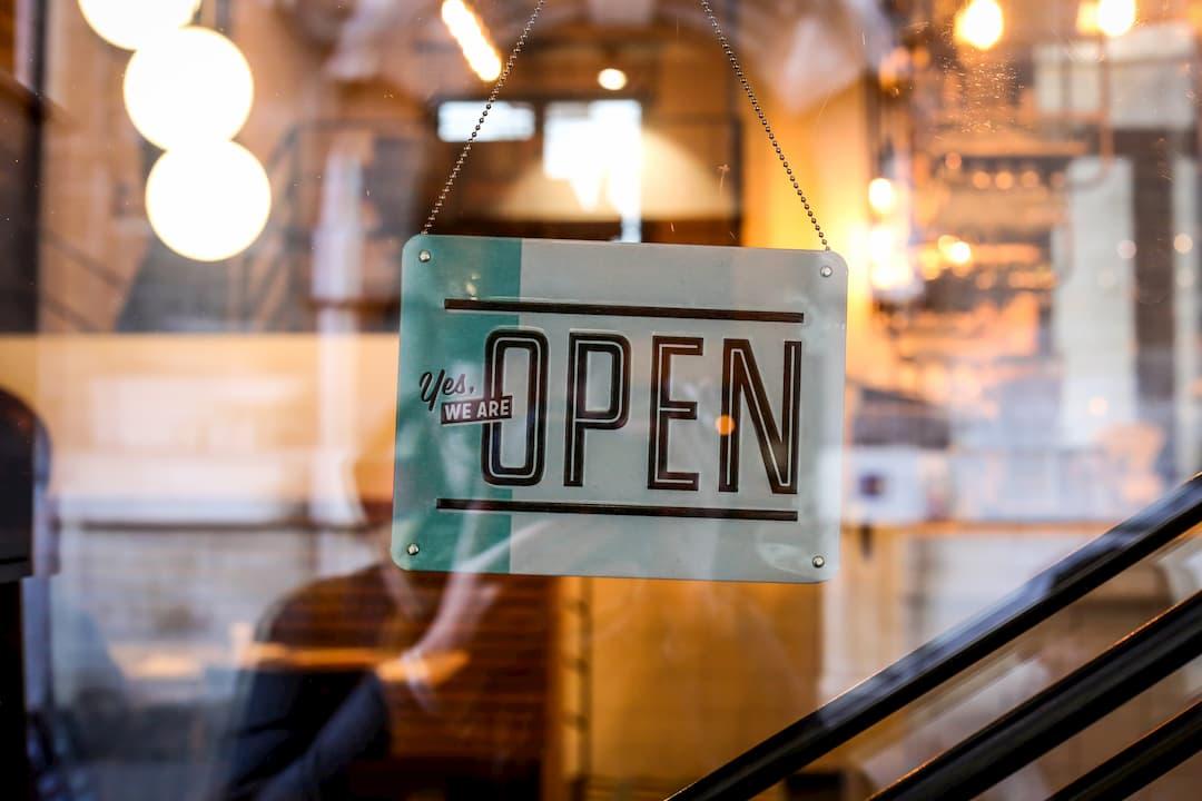 Descubre cómo abrir una tienda de telefonía móvil multioperador