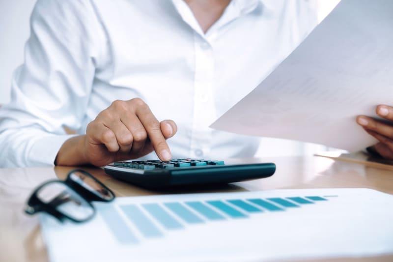 Cómo ahorrar en la factura de luz de tu empresa